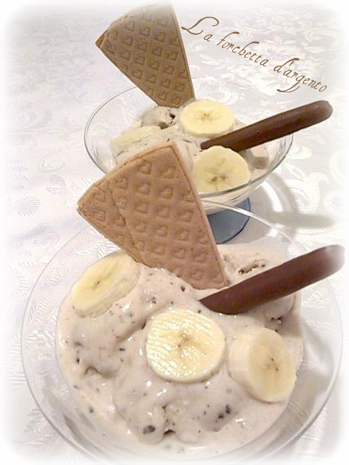 gelato alla banana rum e cioccolato